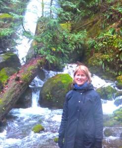 Shelley at the falls